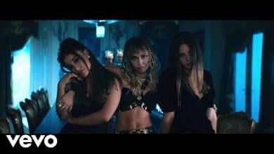 Photo of Ariana Grande, Miley Cyrus & Lana Del Rey – Don't Call Me Angel